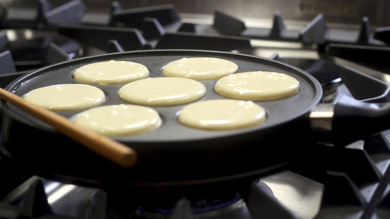 Making The Aebleskivers 1