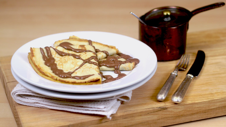 Pancakes With Chocolate Sauce