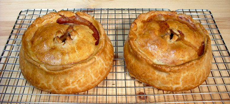 Venyson Y-Bake - Medieval Venison Pies Baked